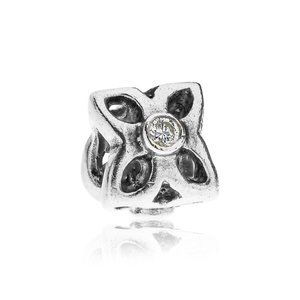 RETIRED! Pandora Sweet Pea Flower Charm